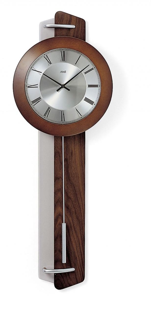horloge murale balancier radio pilot e en noyer horloge murale 1001 pendules. Black Bedroom Furniture Sets. Home Design Ideas